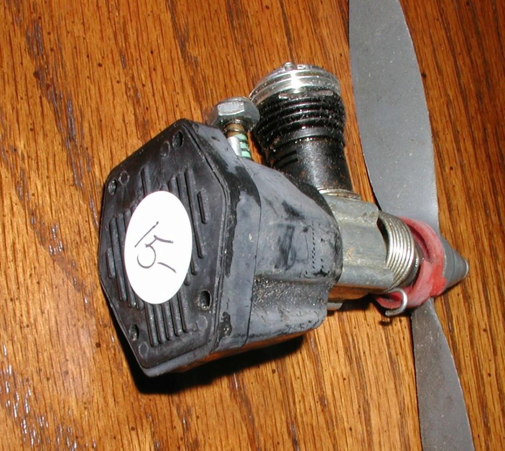 Flea market engines P1010809