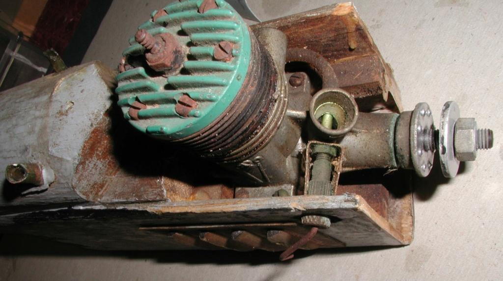 K&B Green head torpedo .35 - It worked P1011186