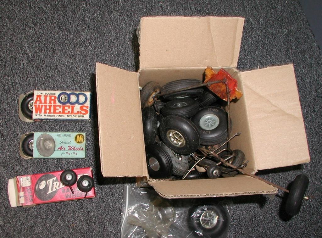 Cox RTF Wheels P1011349