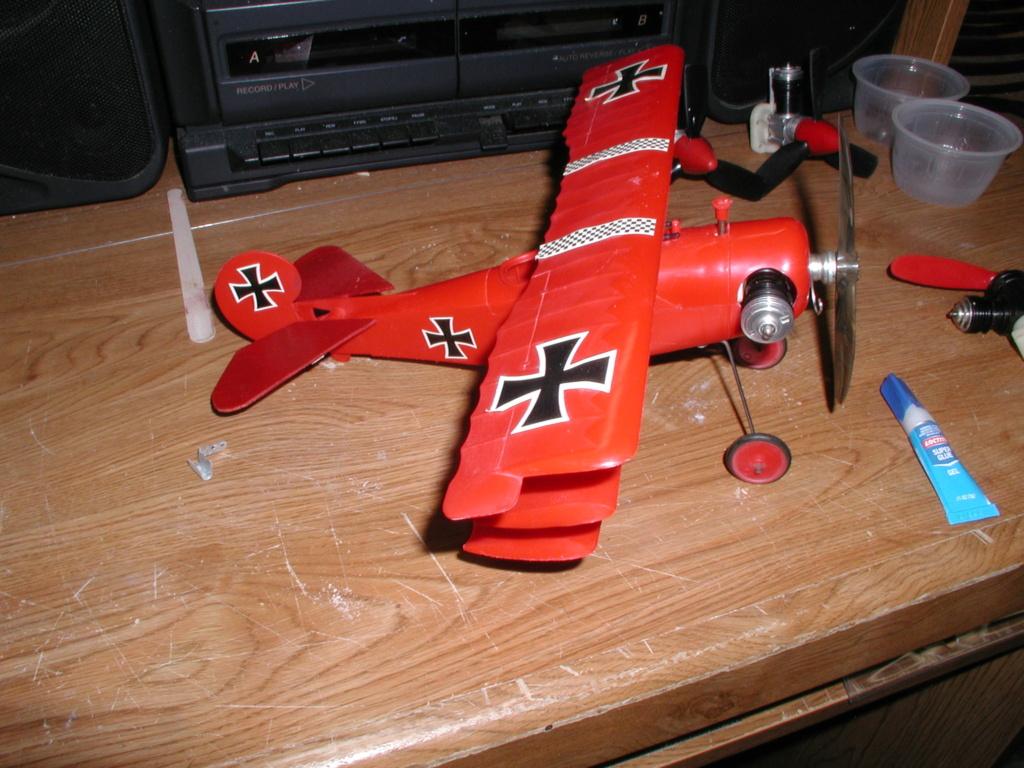 Plastic Cox/Testors Fly-em Junque P1011389