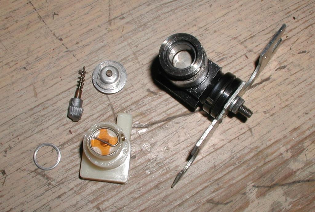 Plastic Cox/Testors Fly-em Junque P1011393