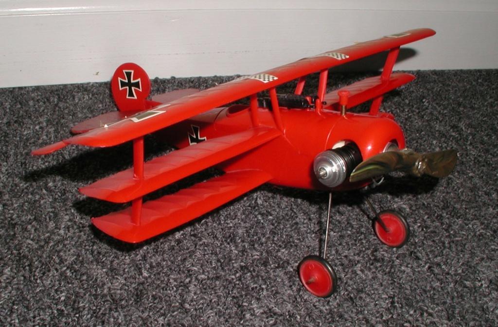 Plastic Cox/Testors Fly-em Junque P1011404