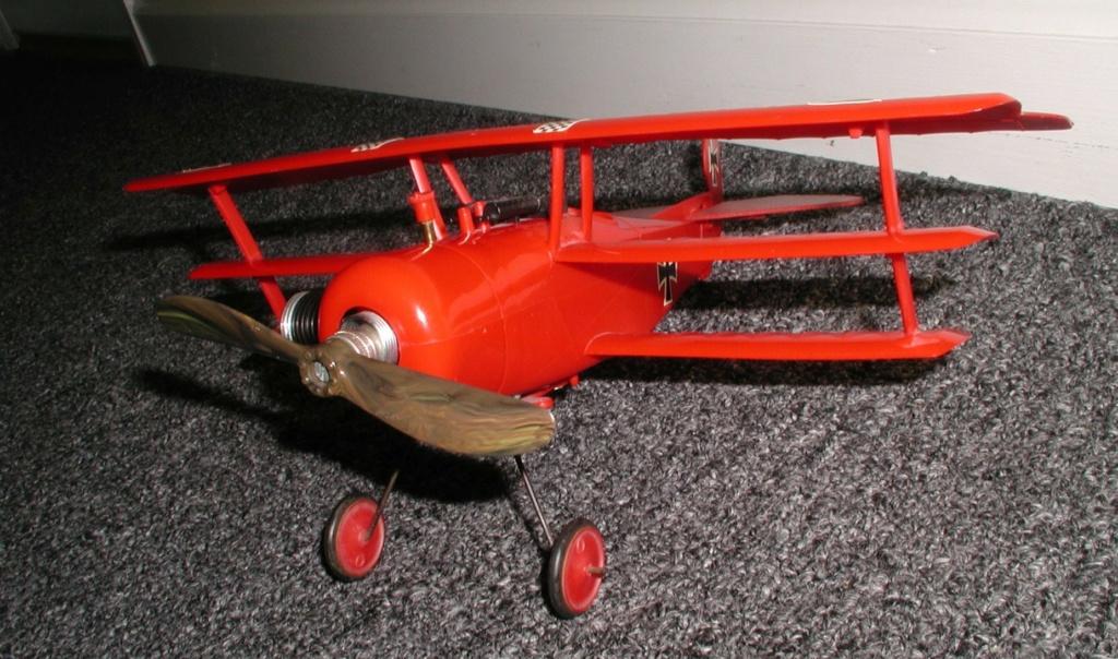 Plastic Cox/Testors Fly-em Junque P1011405