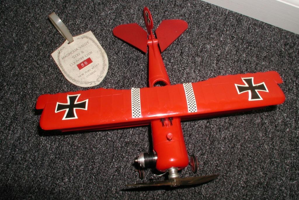 Plastic Cox/Testors Fly-em Junque P1011408