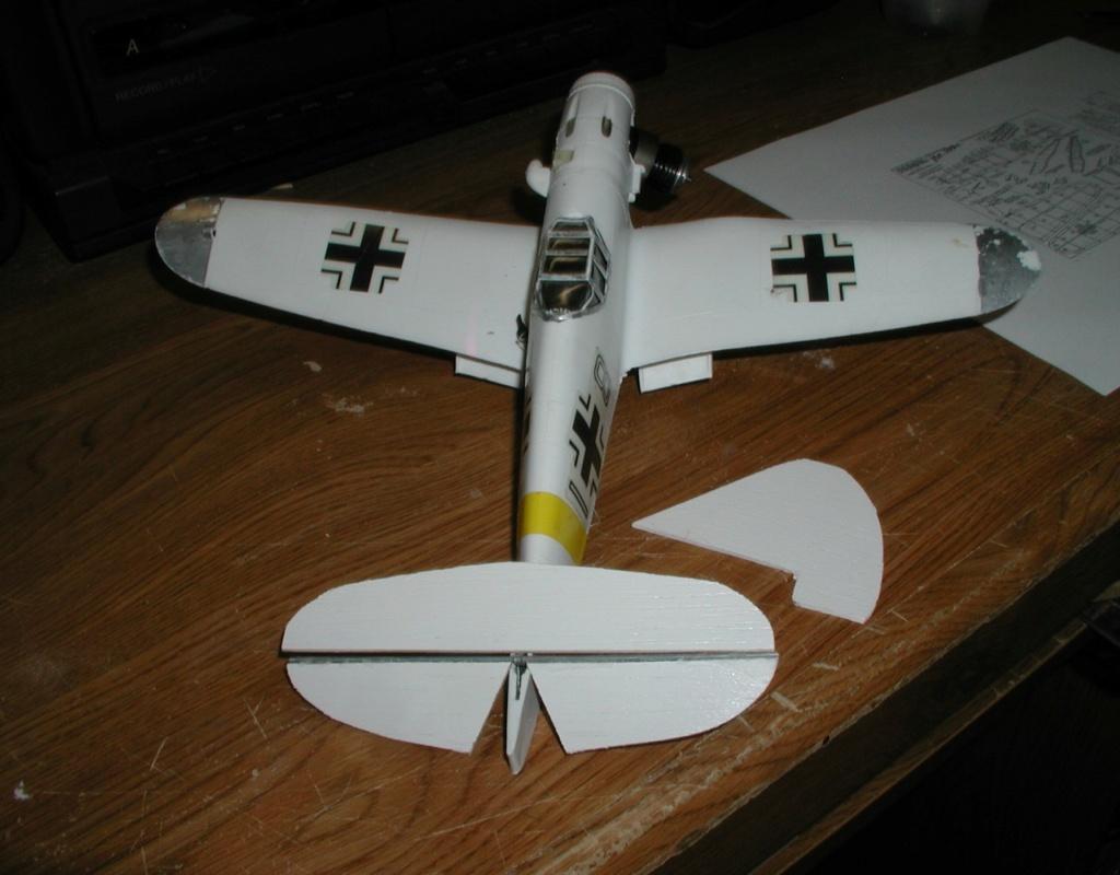 Plastic Cox/Testors Fly-em Junque P1011449