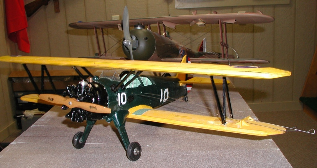 Biplane struts and covering. Pt-19_19