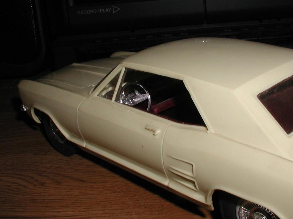 Buick Riviera Rivier13