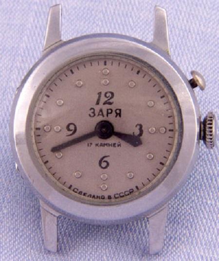 Les montres soviétiques pour aveugles 105410