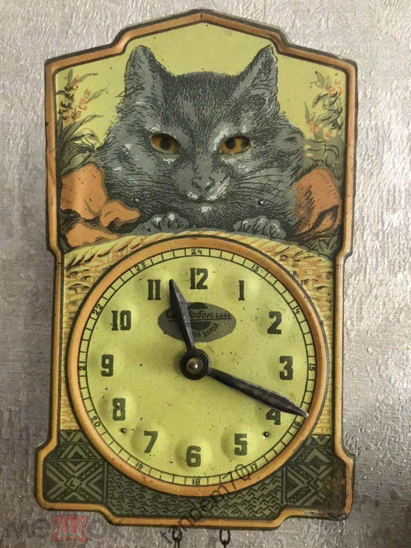 Horloge de table Voskhod et petite histoire de la Fabrique d'Horloges de Serdobsk 18672310
