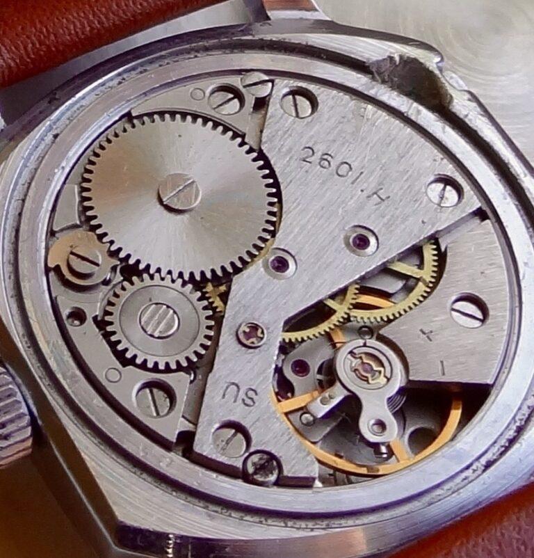 Les montres soviétiques pour aveugles 2601h-10