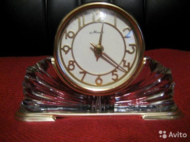 Horloge de table Voskhod et petite histoire de la Fabrique d'Horloges de Serdobsk A47