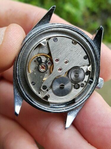 L'étonnante production horlogère soviétique dans les possessions insulaires US B35
