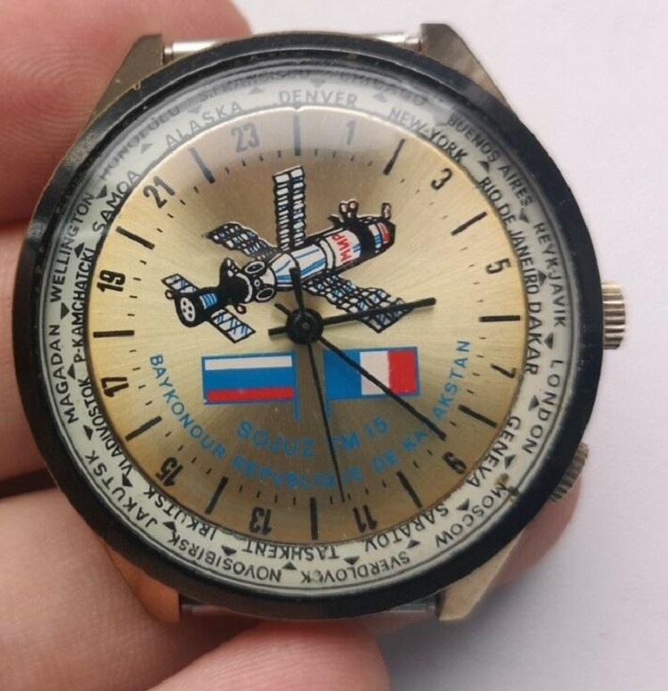 Les Raketa 24 heures soviétiques (2e partie: Les 2623.H spéciales) Baikon10
