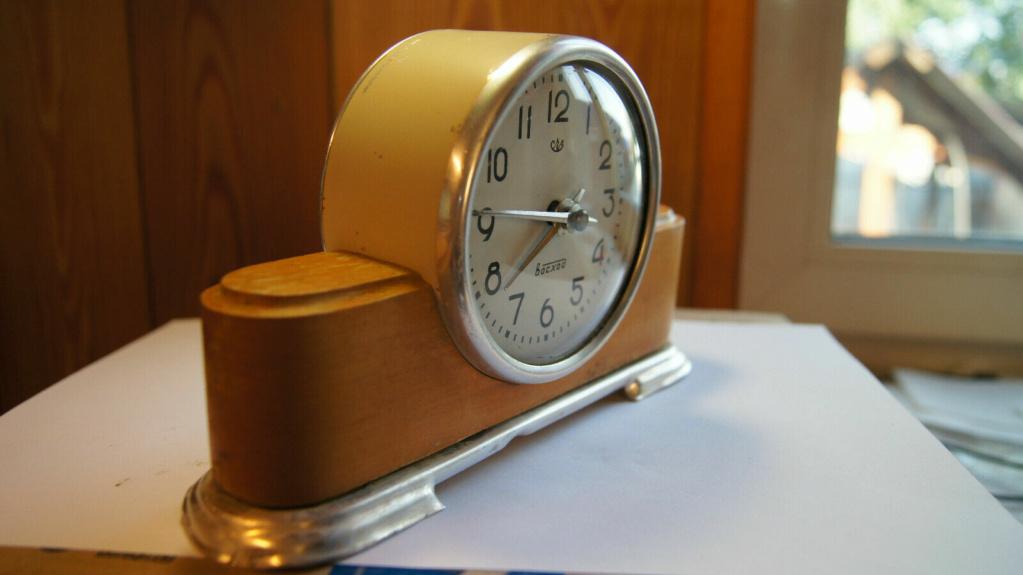Horloge de table Voskhod et petite histoire de la Fabrique d'Horloges de Serdobsk C39