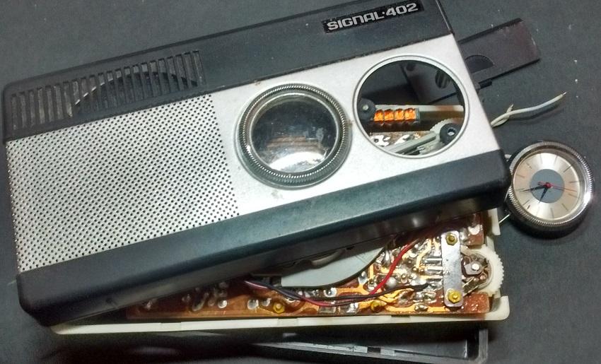 Timer de Petrodvorets pour radio Signal Casse110