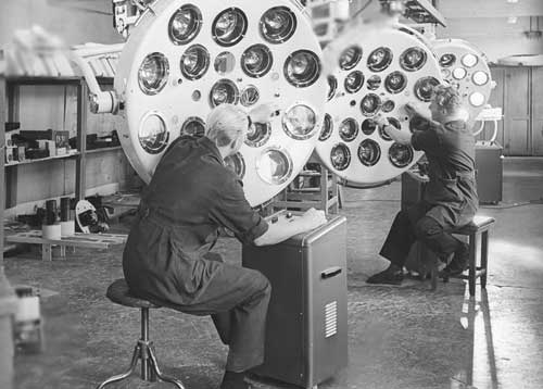 Horloge médicale de la Fabrique EMA de Moscou Histor14