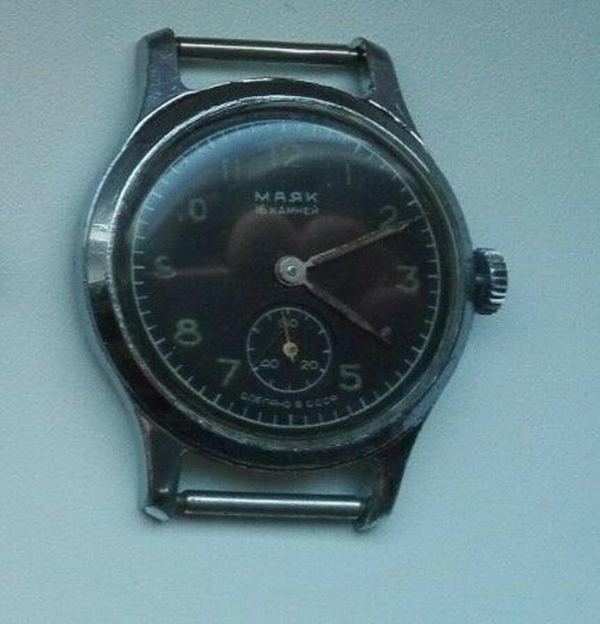 Les montres soviétiques radioactives Mayak_11