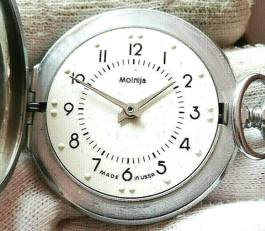 Les montres soviétiques pour aveugles Mol2a10