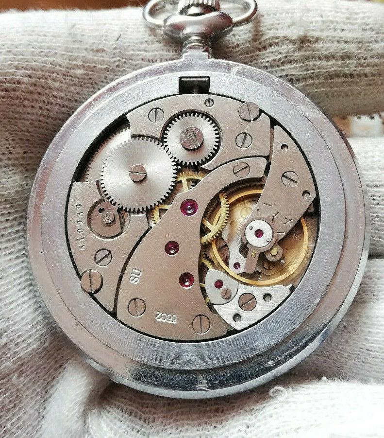 Les montres soviétiques pour aveugles Mol2e10