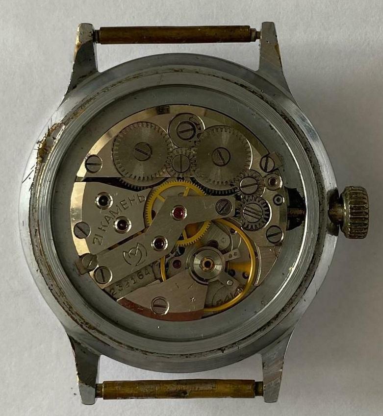 Des montres soviéto-roumaines: les OREX Orex2c10