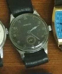 Les montres soviétiques radioactives Pob10