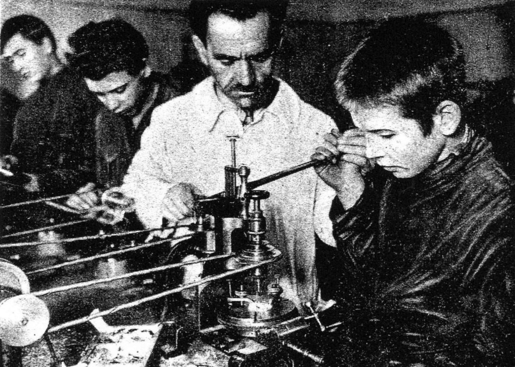 """Vladimir """"Wolf"""" Pruss, pionnier de l'horlogerie soviétique (2e partie)  Pruss111"""