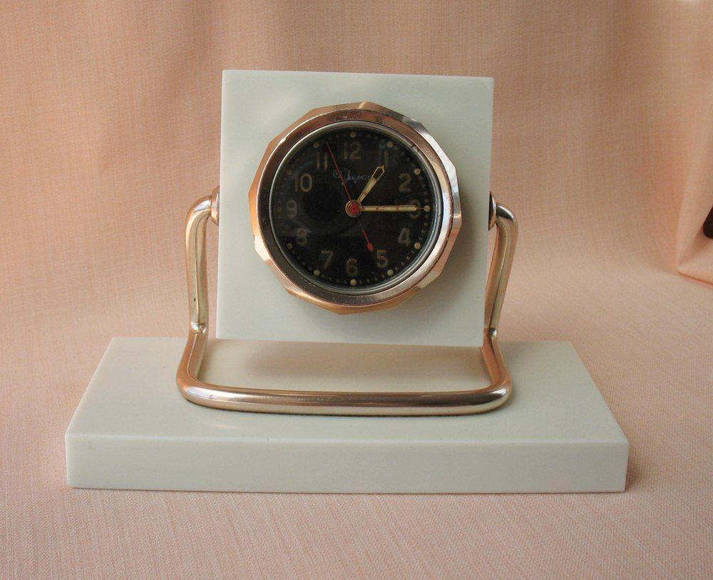"""Horloge de table """"Tank"""" de Molnija S-l16010"""