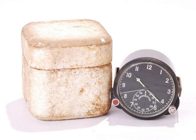 Une horloge technique 60ЧП S-l16034