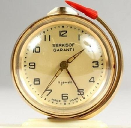 Les Serkisof: des montres soviétiques en Turquie Serkis15