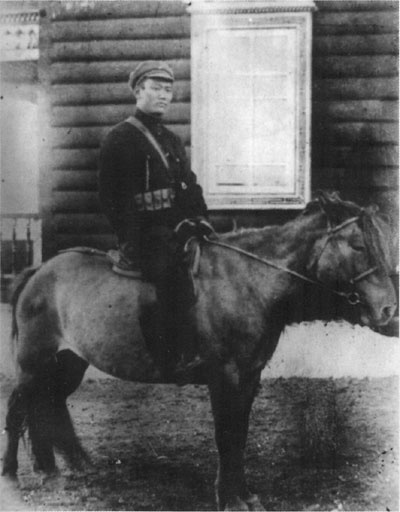 """Poljot """"Jeunesse Révolutionnaire de Mongolie"""" Suke_b10"""