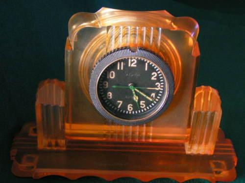 """Horloge de table """"Tank"""" de Molnija Tank210"""