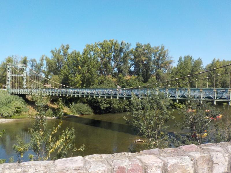 Le pont, incontournable du paysage routier - Page 4 Dscn5115
