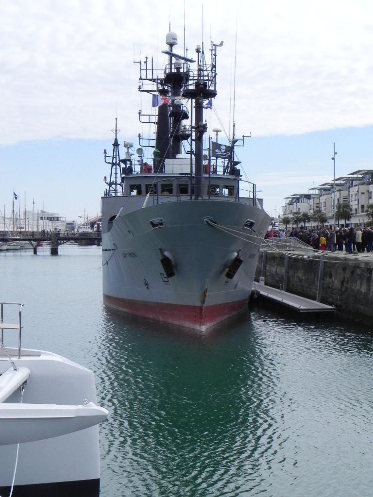 [Vie des Ports ] Port de La Rochelle  - Page 2 Dscn6211