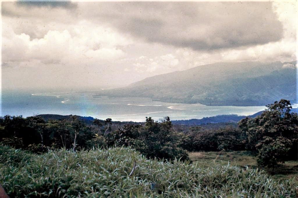 [CAMPAGNES C.E.P.] TAHITI - TOME 2 - Page 30 Pict0310