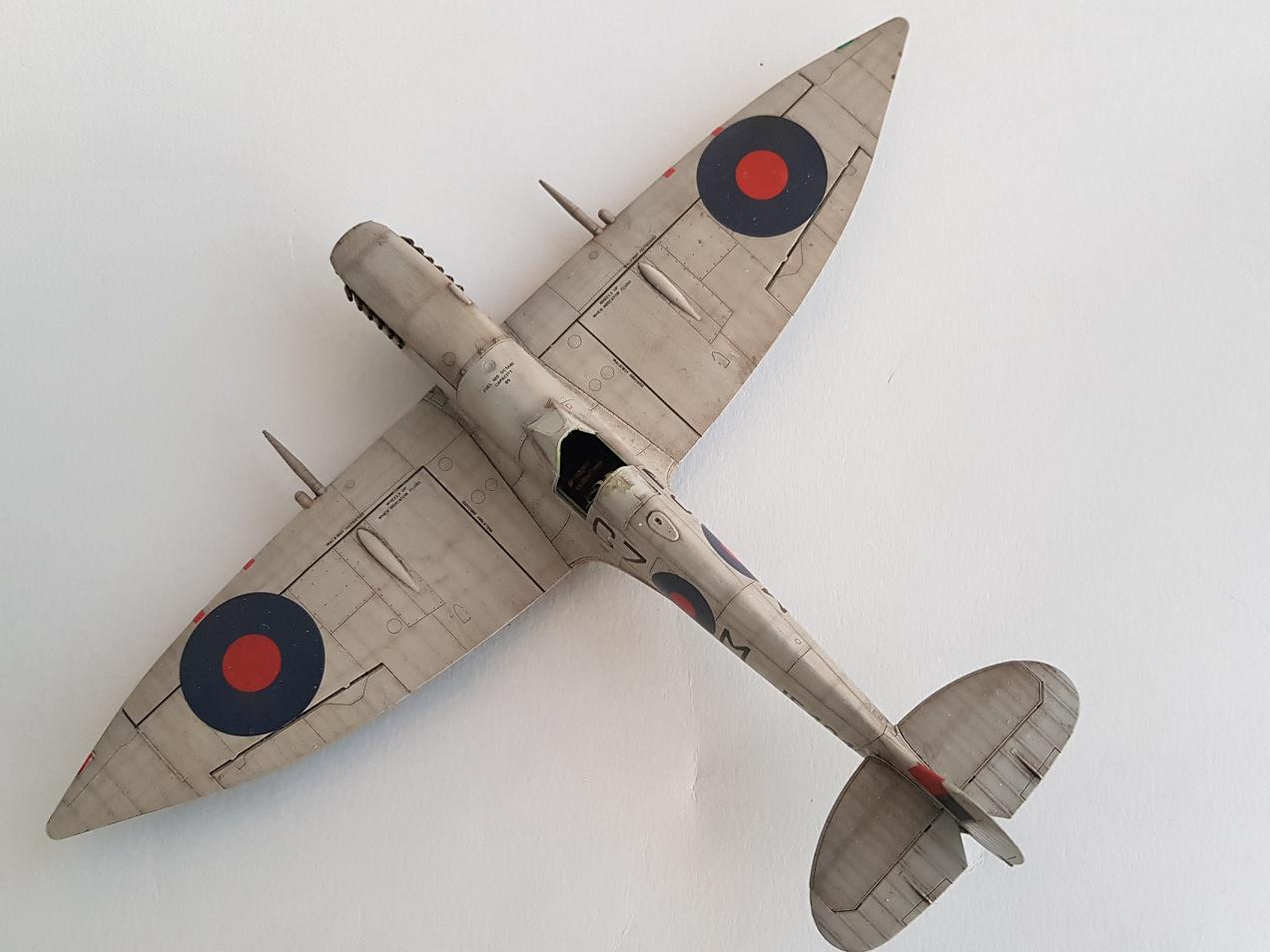 Spitfire Mk.VIII HF Eduard 1/48 - Page 2 2019-040