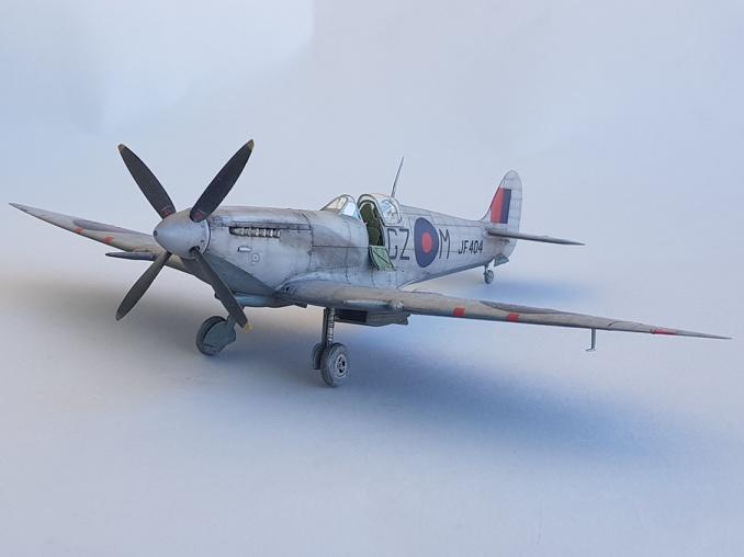 Spitfire Mk.VIII HF Eduard 1/48 - Page 2 2019-064
