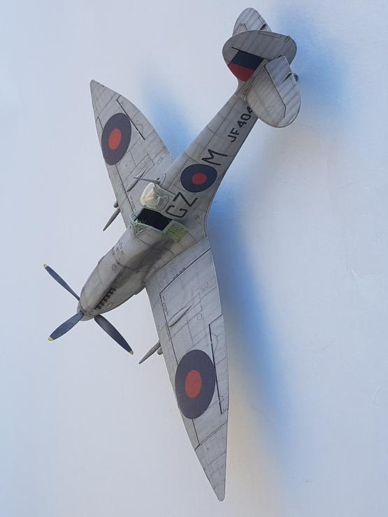 Spitfire Mk.VIII HF Eduard 1/48 - Page 2 2019-066