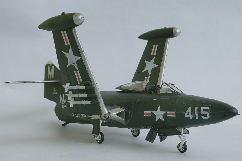 Grumman F9F-3 Panther (Trumpeter 1/48) F9f-4010