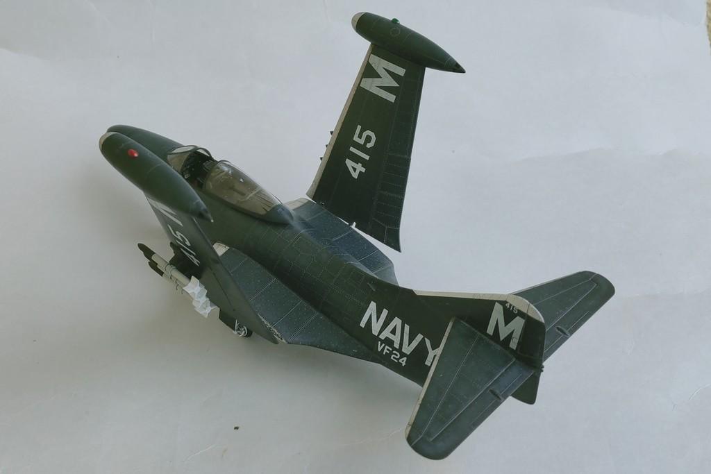 Grumman F9F-3 Panther (Trumpeter 1/48) F9f-4410