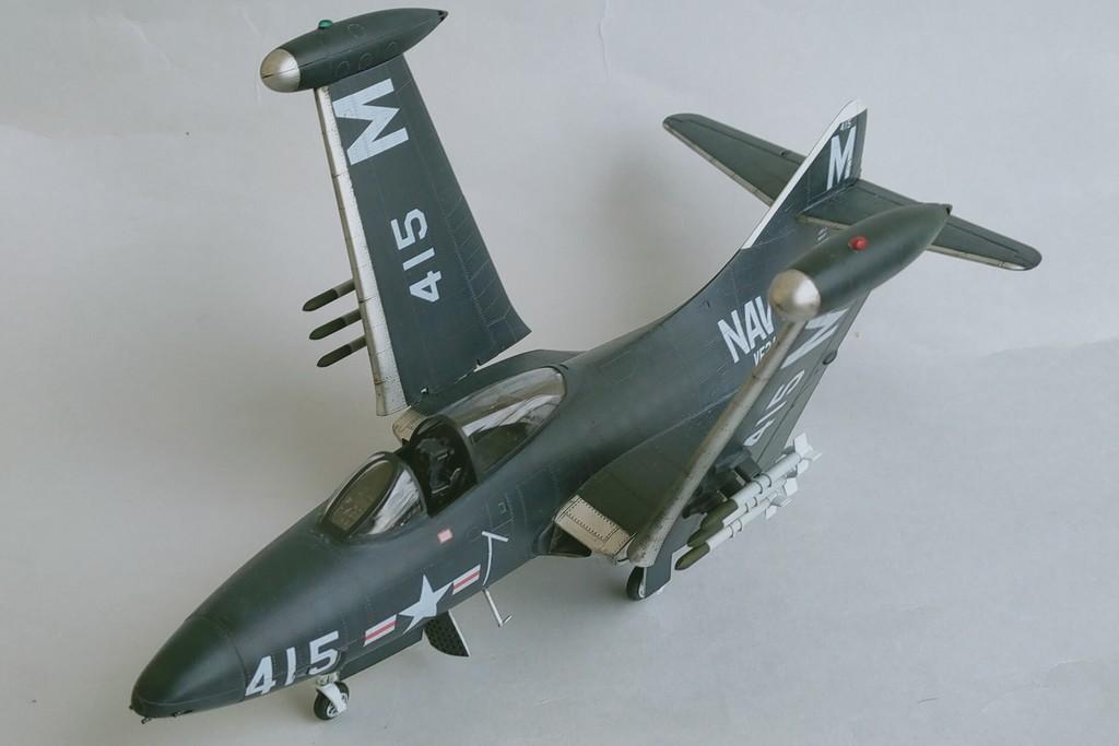 Grumman F9F-3 Panther (Trumpeter 1/48) F9f-4510