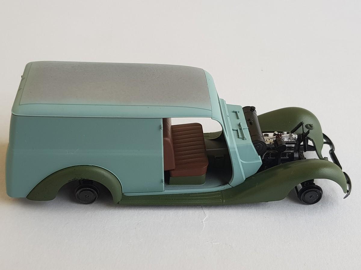 Camionnette Mercedes 170V (MiniArt au 1/35) - Page 2 Montag42