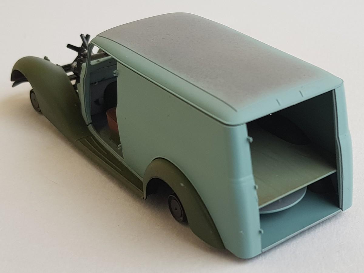 Camionnette Mercedes 170V (MiniArt au 1/35) - Page 2 Montag45