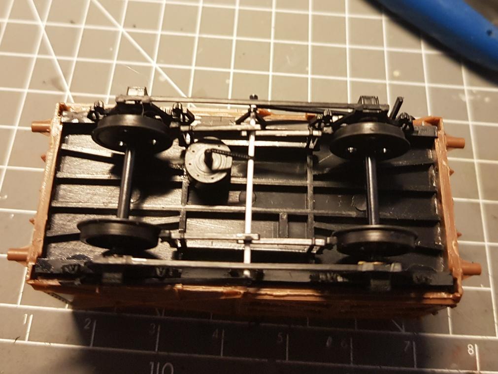 Module britannique industriel, échelle OO - Page 2 Wagon_16