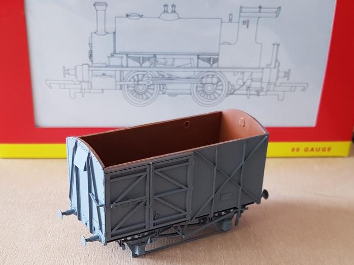 Module britannique industriel, échelle OO - Page 2 Wagon_18