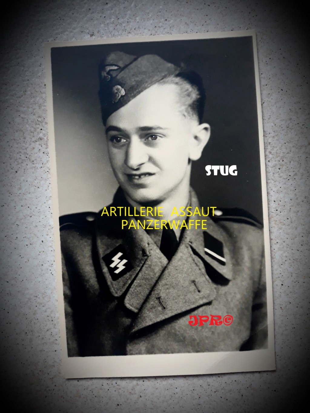 postez vos articles Waffen-SS - Page 6 Dfd10