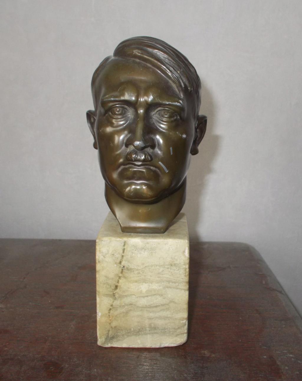 Un buste d'Adolf Hitler pour moi ce matin  Dscn4511
