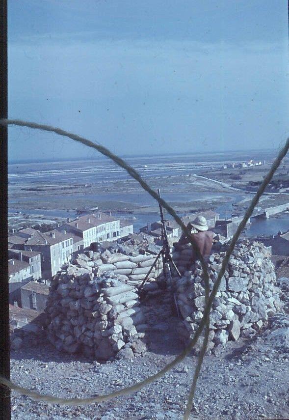 Mg 34 sur la tour Barberousse de Gruissan 2mxet011