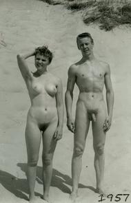 Festival de la nudité à Bienne (Suisse) 1d38d011