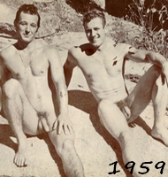 """""""Naked Hiking Day"""" aux USA 1nt_jq10"""