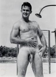 Bonjour, je suis nakedman Clnt_p11